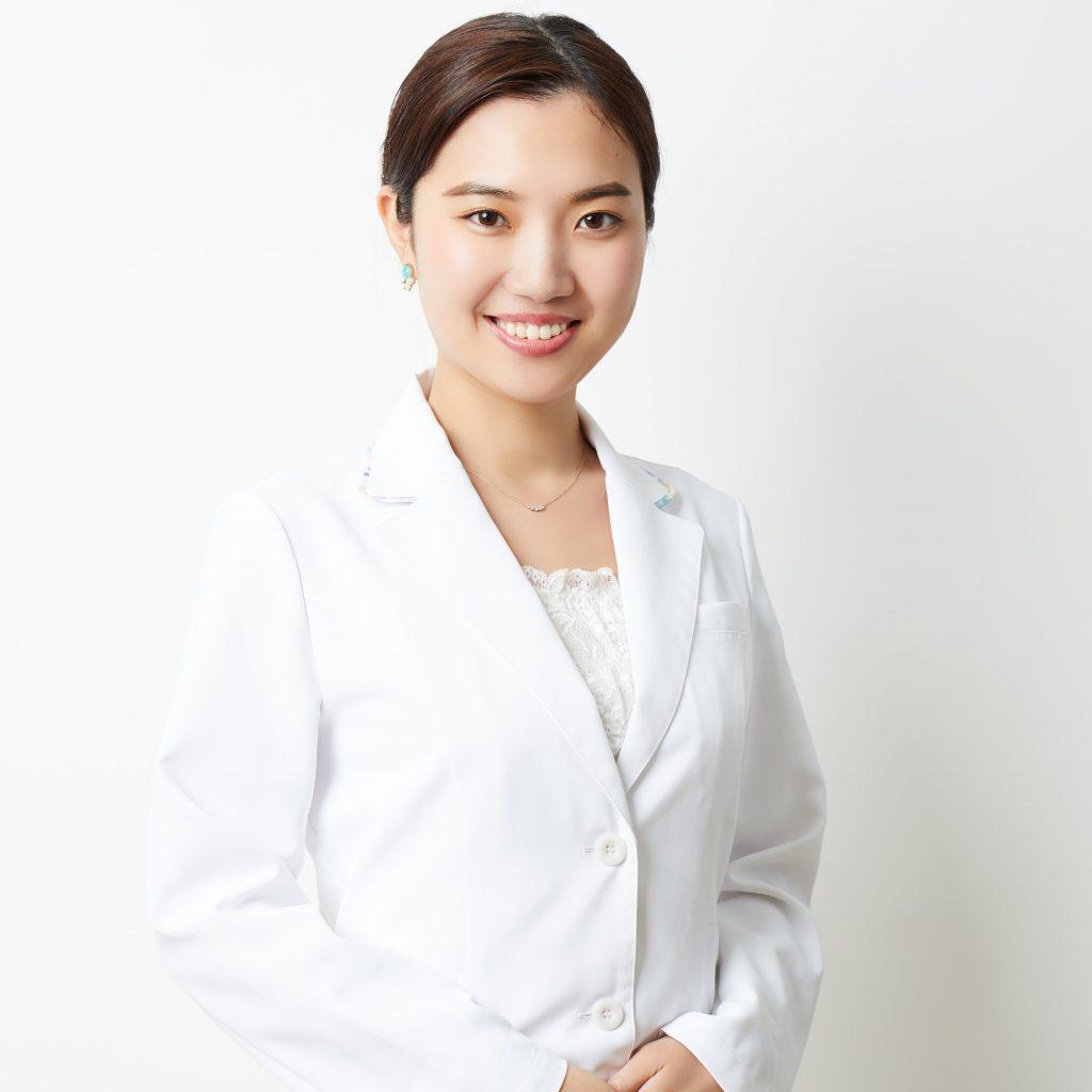 中目黒院鍼灸師スタッフー青木 奈央